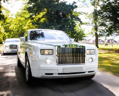 Modern Wedding Cars in Mold